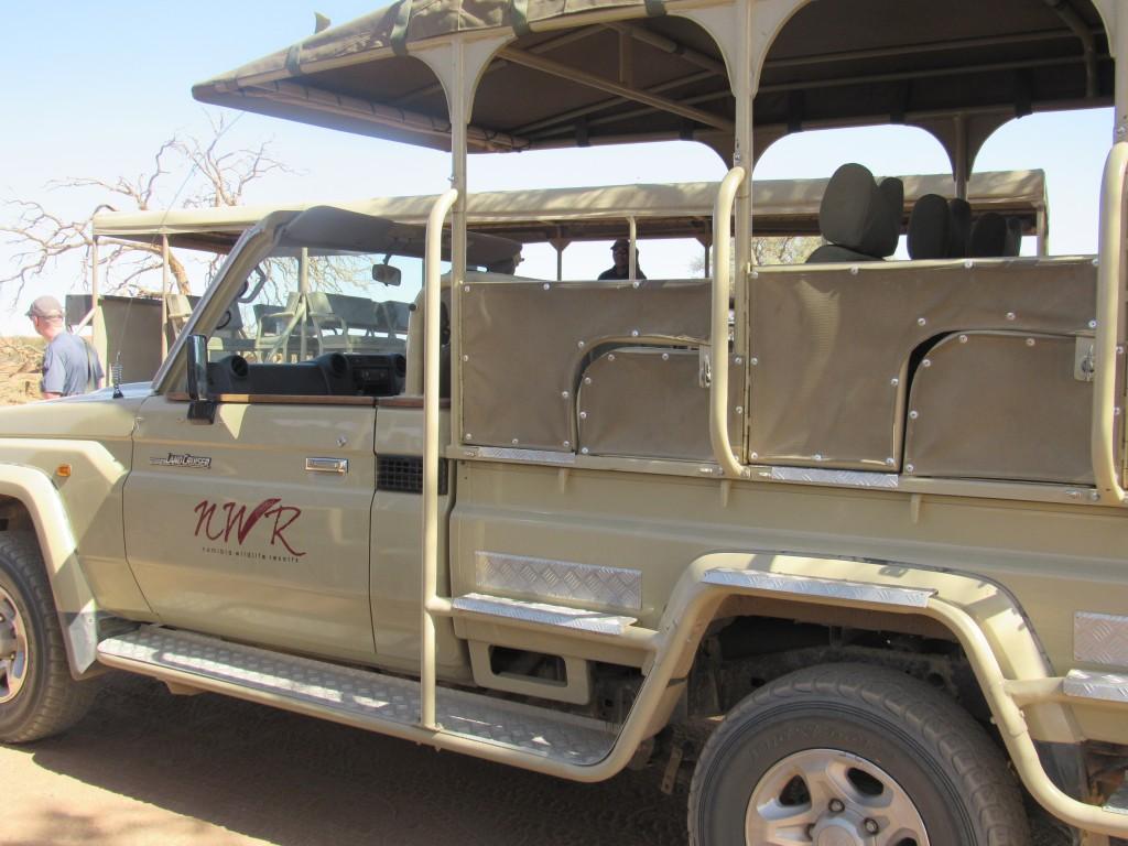 4x4 park shuttle truck