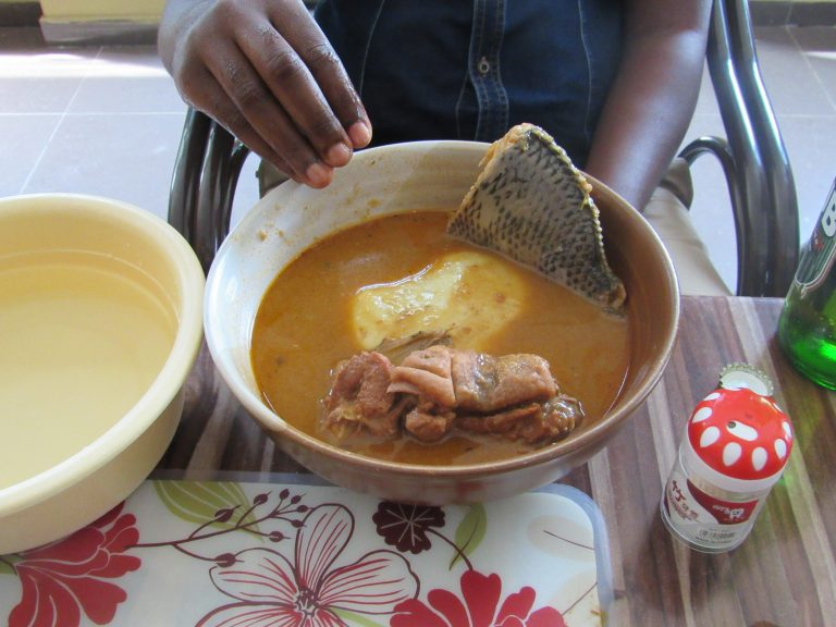 Groundnut soup with banku